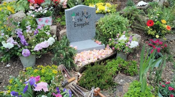K & S Memorials and The Mini memorial Stone
